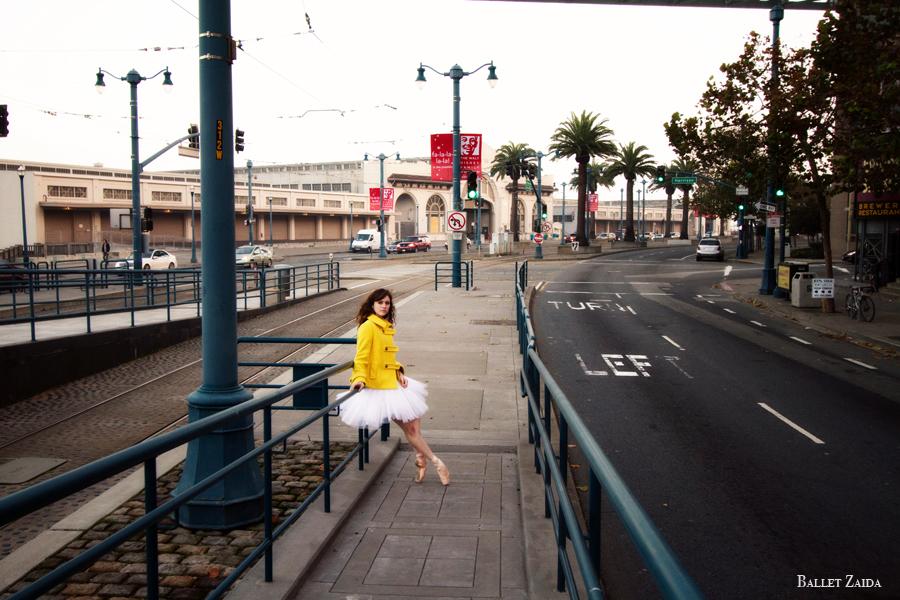 Dancer - Caitlin McAvoy.<br /> <br /> Location - San Francisco, California.<br /> <br /> © 2011 Oliver Endahl