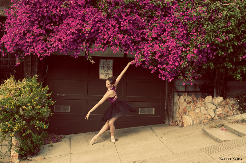 Dancer - Elizabeth Powell.<br /> <br /> Location - San Francisco, California.<br /> <br /> © 2011 Oliver Endahl