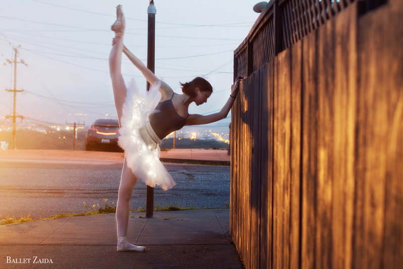 Dancer - Katherine Newton.<br /> <br /> Location - San Francisco, California.<br /> <br /> © 2011 Oliver Endahl