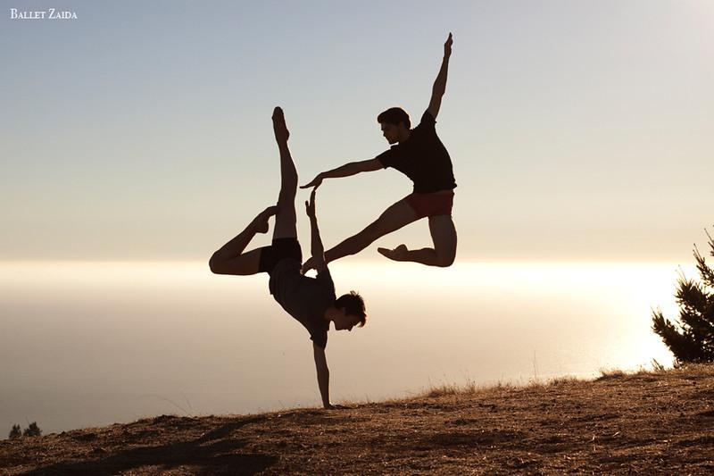 Dancers - Géraud Wielick & Raymond Tilton.<br /> <br /> Location - Mt Tam. California.<br /> <br /> © 2011 Oliver Endahl