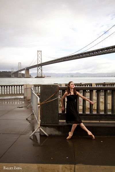 Dancer - Ellen Rose Hummel.<br /> <br /> Location - San Francisco, California.<br /> <br /> © 2011 Oliver Endahl