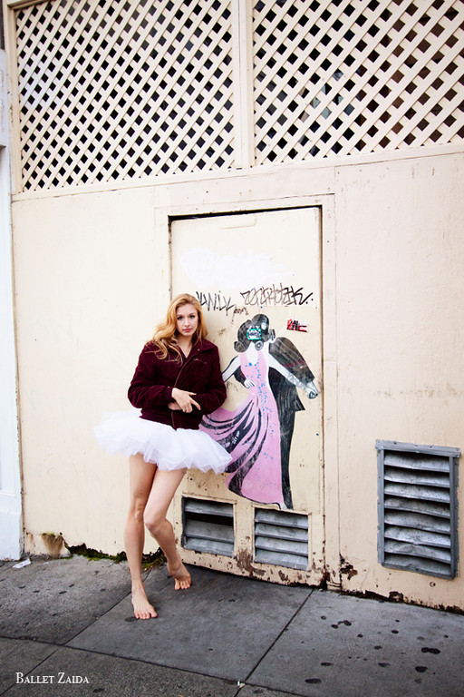 Dancer - Kristina Lind.<br /> <br /> Location - San Francisco, California.<br /> <br /> © 2011 Oliver Endahl