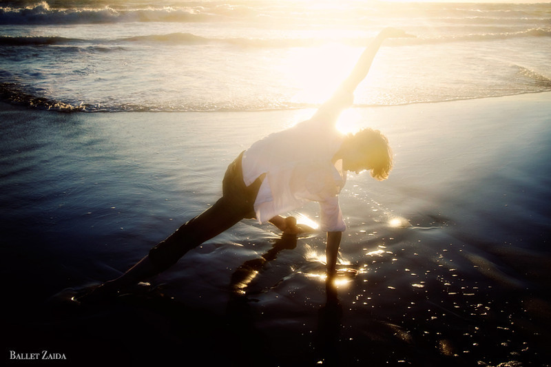 Dancer - Alexander Reneff-Olson<br /> <br /> Location - Ocean Beach. San Francisco, California.<br /> <br /> © 2011 Oliver Endahl