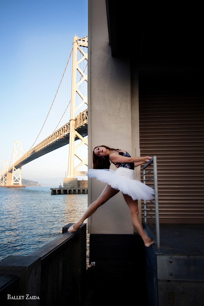 Dancer - Bryn Gilbert.<br /> <br /> Location - San Francisco, California.<br /> <br /> © 2011 Oliver Endahl