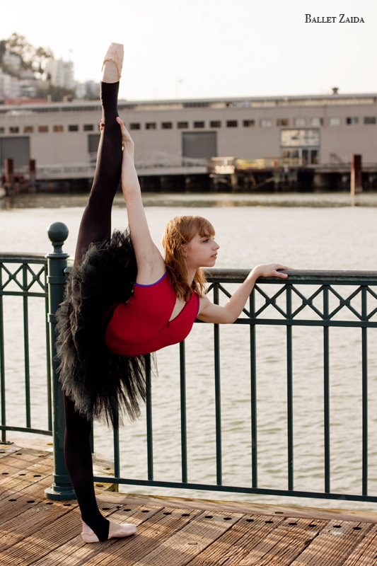 Dancer - Jenny Winton.<br /> <br /> Location - San Francisco, California.<br /> <br /> © 2011 Oliver Endahl