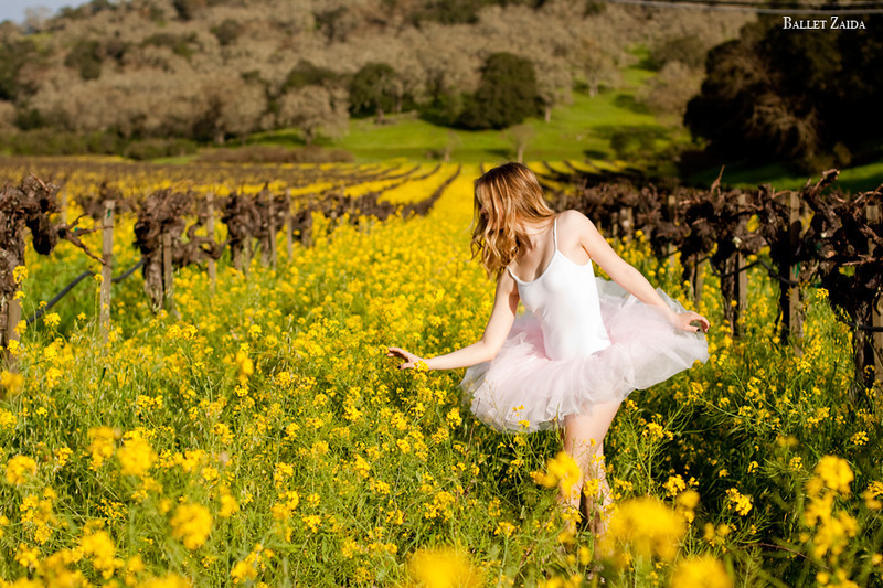 Dancer - Lauren Slattery.<br /> <br /> Location - Napa, California.<br /> <br /> © 2011 Oliver Endahl