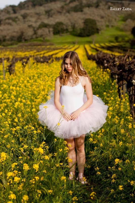 Dancer - Lauren Slattery.<br /> <br /> Location - Napa, California.<br /> <br /> © 2011 Oliver Endahl