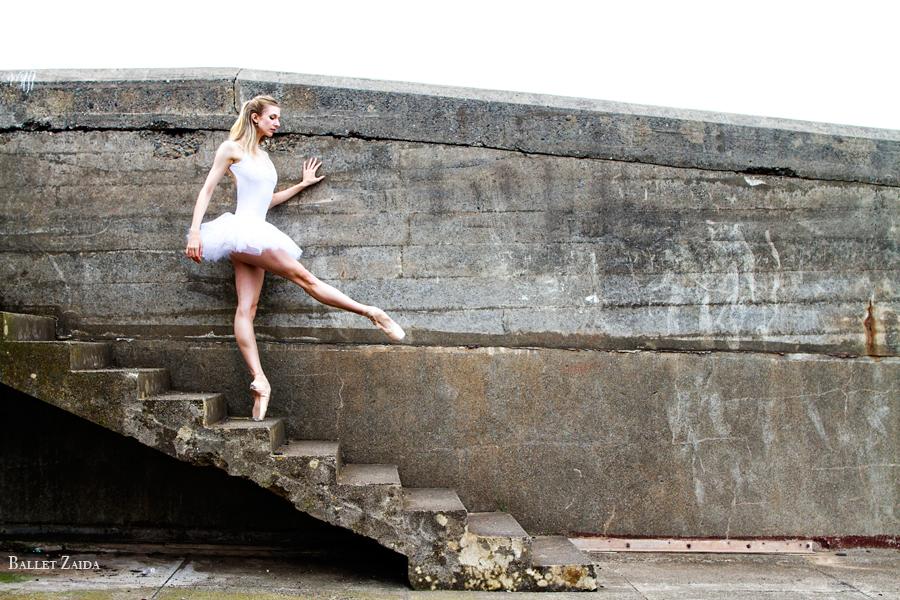 Dancer - Kristina Lind.<br /> <br /> Location - Battery Godfrey. San Francisco, California. <br /> <br /> © 2013 Oliver Endahl