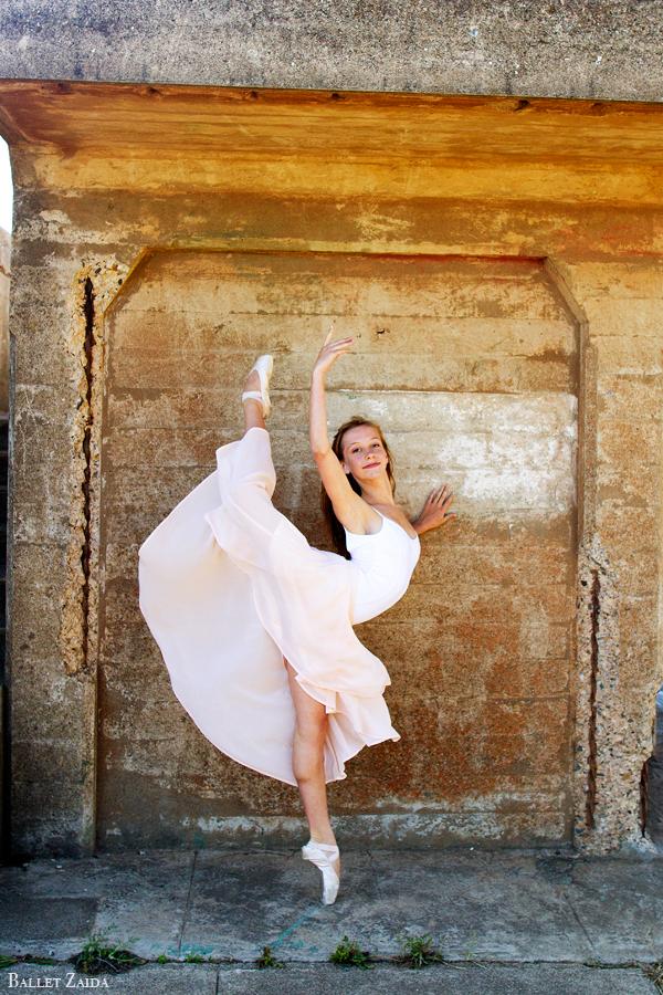 Dancer - Lexi Garden.<br /> <br /> Location - Battery Godfrey. San Francisco, California.<br /> <br /> © 2013 Oliver Endahl
