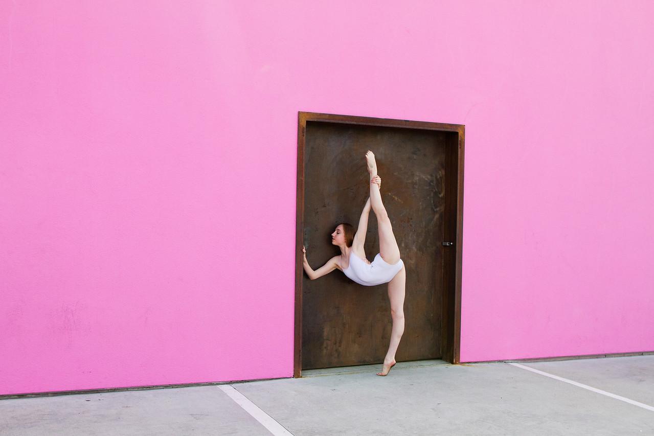 Dancer - Chloe Smith. <br /> <br /> Location - California.<br /> <br /> Ballet Zaida is on Instagram. Username: BalletZaida