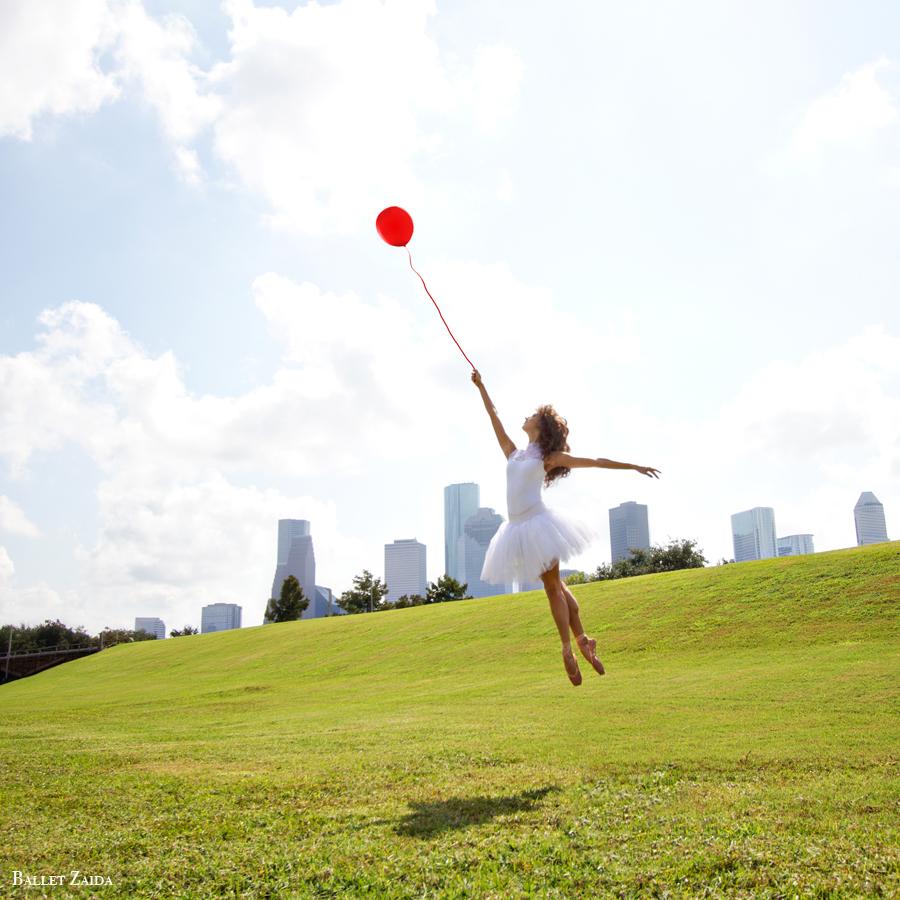 Dancer - Liana Carpio.<br /> <br /> Location - Houston, Texas.<br /> <br /> © 2012 Oliver Endahl