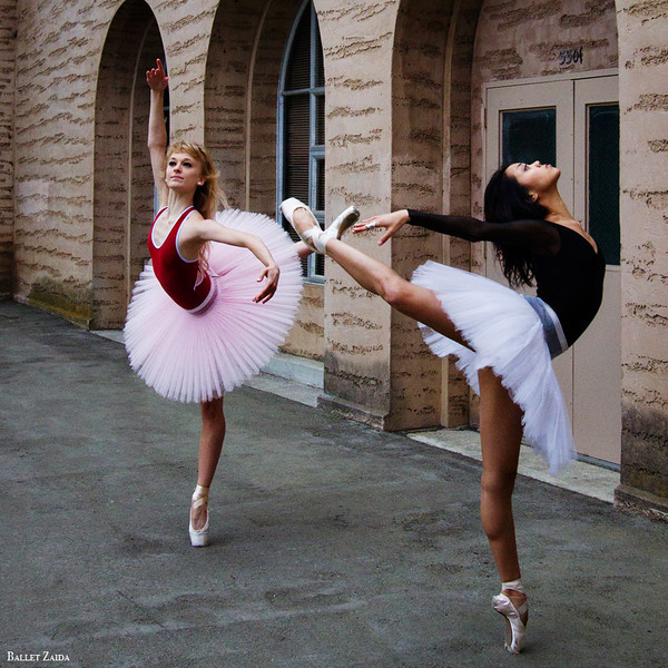 Dancers - Alanna Endahl & Jeraldine Mendoza.<br /> <br /> Location - The Palace of Fine Arts. San Francisco, California.<br /> <br /> © 2011 Oliver Endahl
