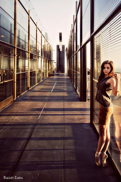 Dancer - Morgan Quinn.<br /> <br /> Location - Los Angeles, California.<br /> <br /> © 2012 Oliver Endahl
