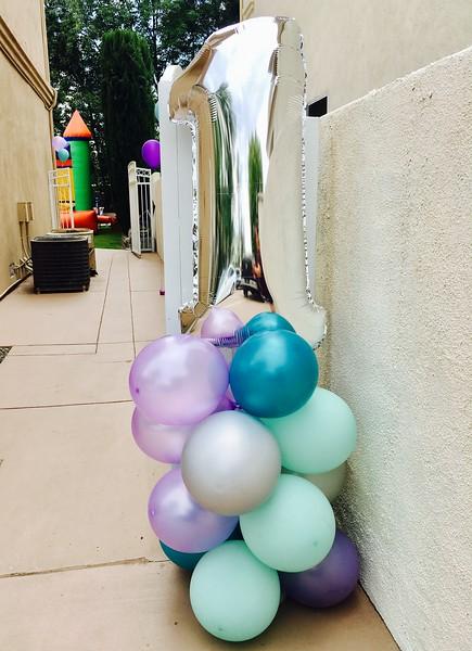 Mermaid Party - 1st Birthday Balloon Stand