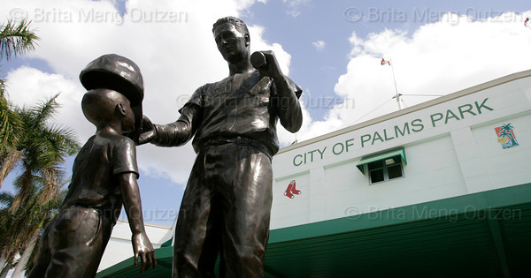 FORT MYERS, FL, March 12, 2009: Unveiled in 2007, Franc Talarico's bronze statue of Boston Red Sox Hall of Famer Ted Williams with a Jimmy Fund patient is located at the entrance gate of City of Palms Park.(Brita Meng Outzen)