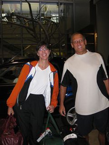 Wendy picks up Jenny and Dennis at RDU airport...vacation over!