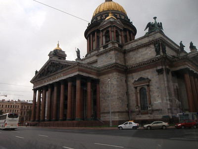 St. Isaac's Cathedral - able to accommodate 10,000 people!