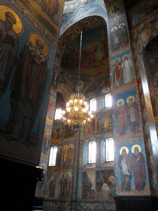 There is not a single painting inside the Church on the Spilled Blood: its walls are almost entirely covered with mosaics. There are 308 mosaic illustrations.