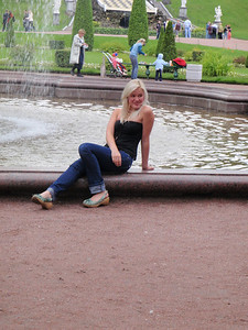 Another Russian babe by the fountain that Dennis admired!