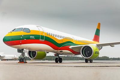 Air Baltic Airbus A220-300 YL-CSK 8-21-19 5