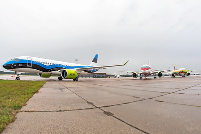 Air Baltic Airbus A220-300 YL-CSJ 8-21-19 3
