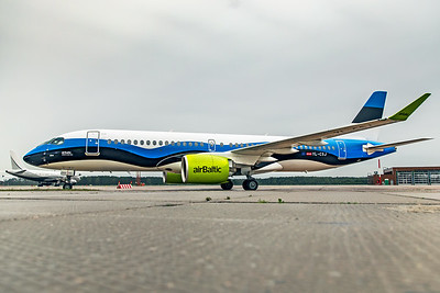 Air Baltic Airbus A220-300 YL-CSJ 8-21-19 5