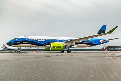 Air Baltic Airbus A220-300 YL-CSJ 8-21-19 5