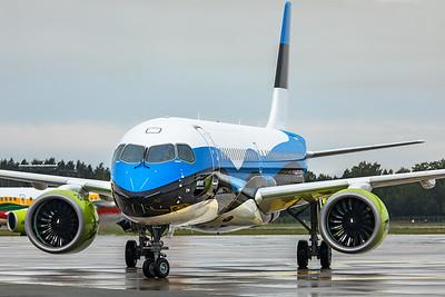 Air Baltic Airbus A220-300 YL-CSJ 8-21-19 2