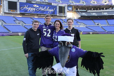Baltimore Ravens Holiday Photo Op