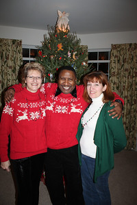 20101218  3rd Annual Banakis Christmas Party 028