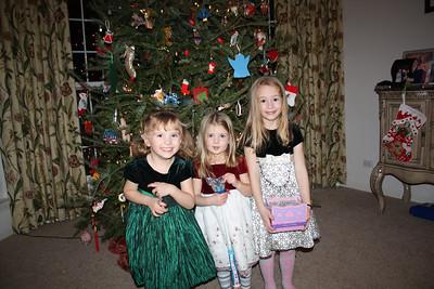 20101218  3rd Annual Banakis Christmas Party 019