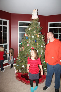 20111217 4th Annual Banakis Christmas Party 038