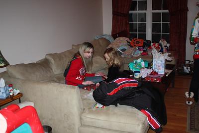 20111217 4th Annual Banakis Christmas Party 027