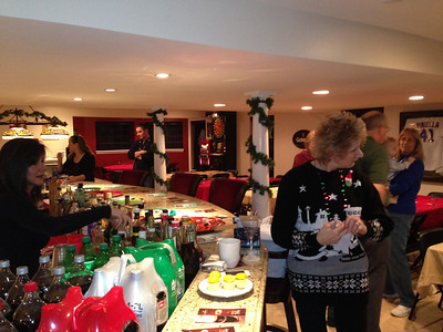 20121215 5th Annual Banakis Christmas Party