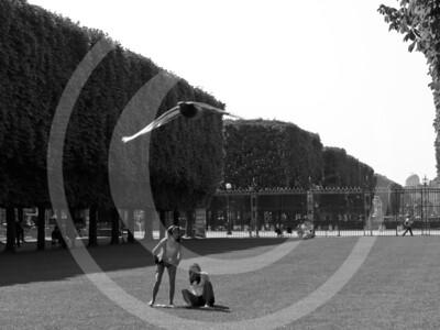 Paris04201118_19-058
