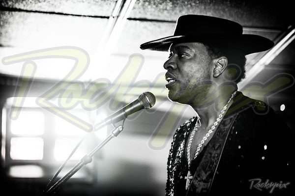 ©Rockrpix - Carvin Jones