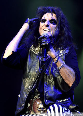 Alice Cooper Live at The O2 Arena, headlining the first edition of Stone Free Festival.