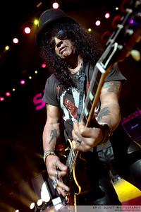 Slash featuring Myles Kennedy & The Conspirators at Eventim Apollo.