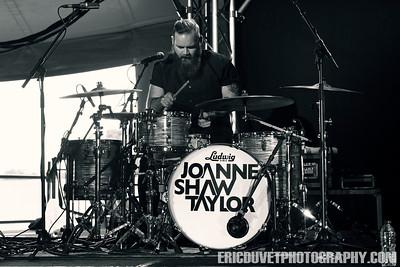 Joanne Shaw Taylor at Ramblin' Man Fair.