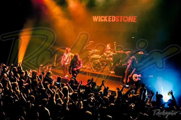 ©Rockrpix - Wicked Stone