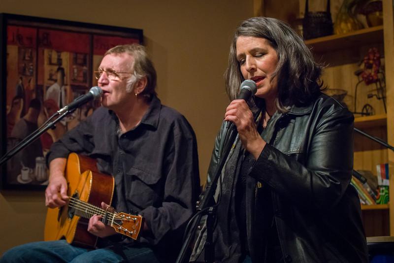 Lonnie Knight, Laura Owen