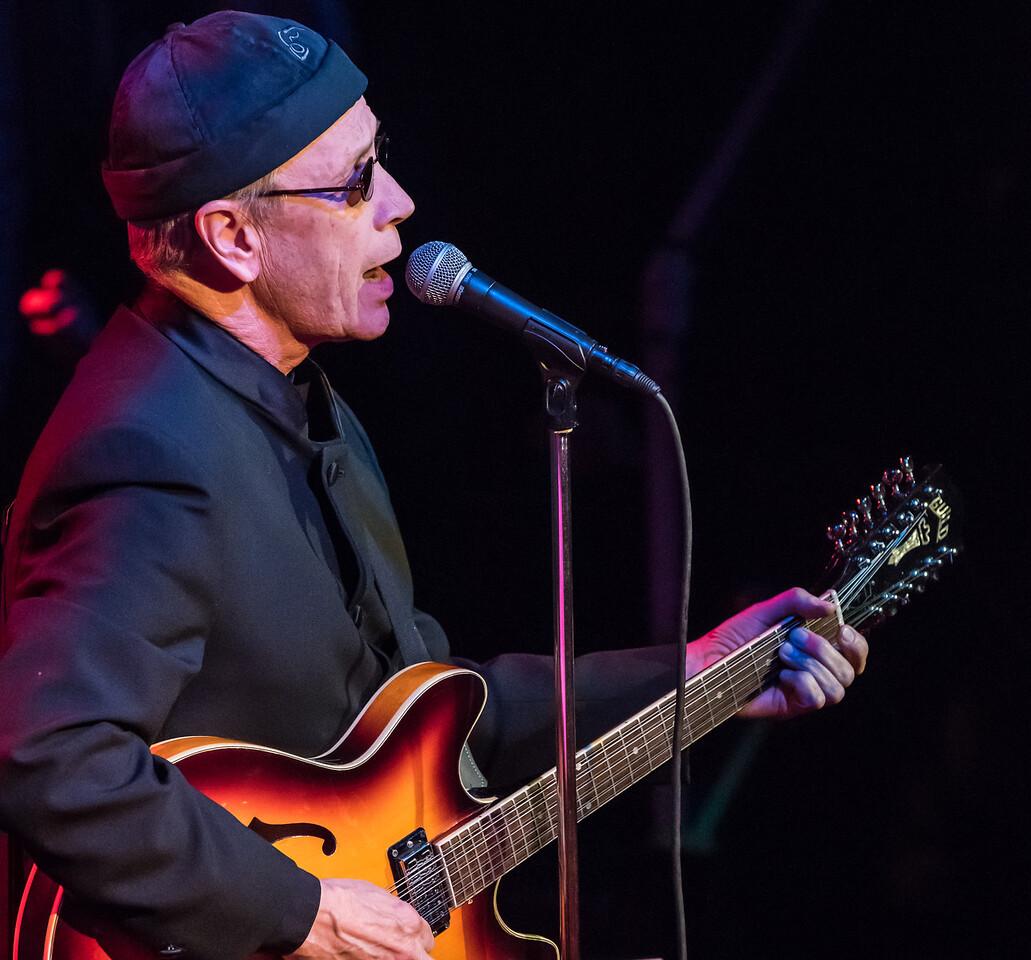 Gary Rue-The Lennon Tribute-1st Av 2014