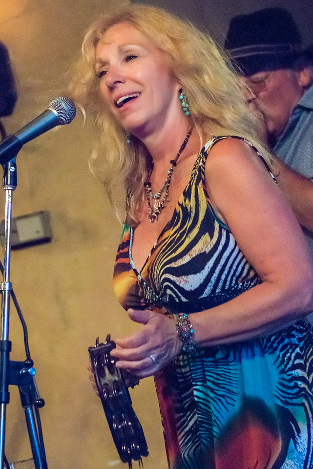 Dee Miller-The Dee Miller Band- The School II Bistro & Wine Bar