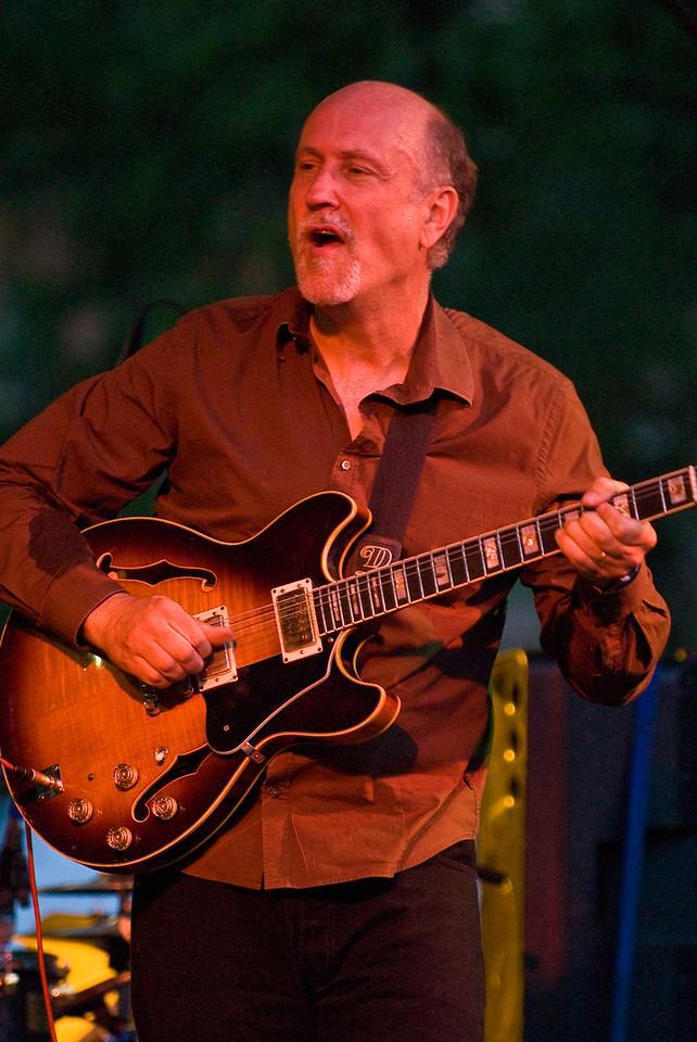 John Scofield-2010 Twin Cities Jazz Festival---Mus-8024