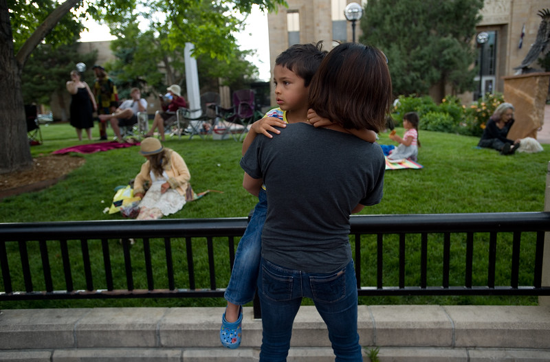"Michelle Estrella dances with her son Alex Estrella, 4, while Ian Mahan-Neef performs during Boulder's Bands on the Bricks at Pearl Street Mall on Wednesday.<br /> More photos:  <a href=""http://www.dailycamera.com"">http://www.dailycamera.com</a><br /> Autumn Parry/Staff Photographer<br /> June 1, 2016"