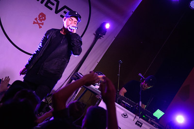 Grieves 050