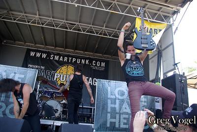 Love Hate Hero Vans Warped Tour 2009