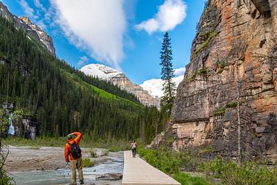 Lake Louise, Plain of Six Glaciers Trail - Banff National Park