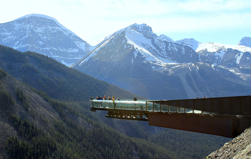 Icefields Parkway Road Trip – Glacier Skywalk along Highway 93