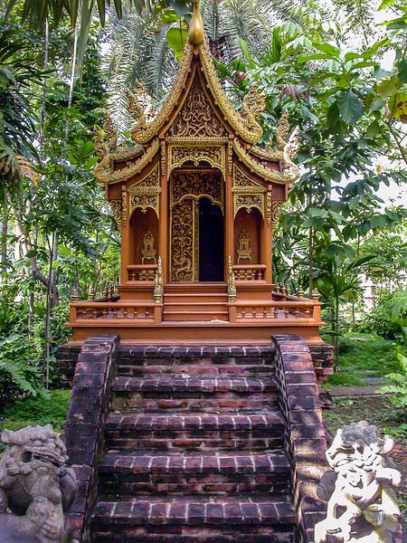 Prasart Museum, Bangkok 2005